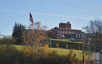 800px-Soldiers_Home_in_Holyoke.jpg