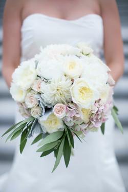 Black-Tie-Bride-classic-indianapolis-black-tie-wedding-by-molly-connor-photography-003
