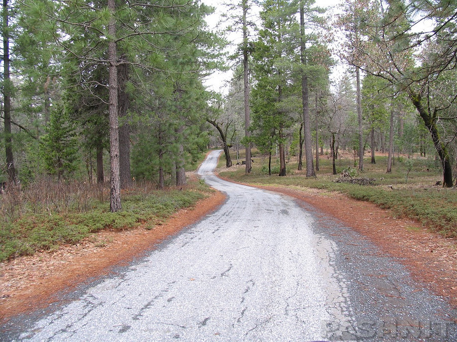 Darling Ridge Rd is a single lane paved road around the backside of Georgetown