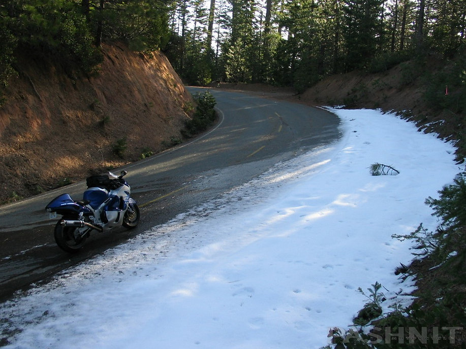 Snowline a 4000 ft on Mosquito Ridge Road, near Foresthill, California