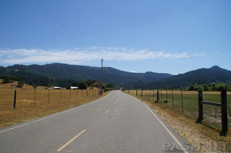 Hettenshaw Valley, Trinity County, California
