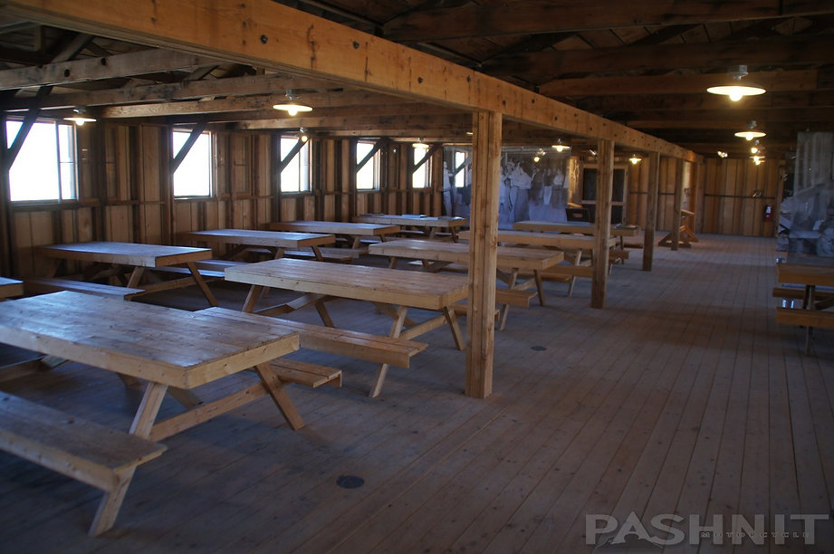 Open Mess Hall dining at Manzanar