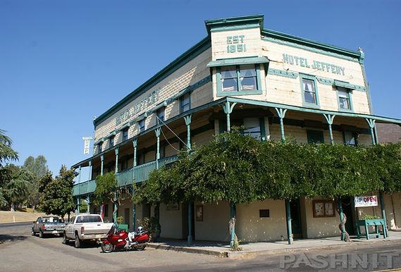 Hotel Jeffrey, Coulterville, California | Pashnit.com