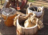 Img_3185_buckets.jpg