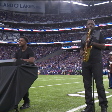 Minnesota Vikings National Anthem w/ Mike Phillips