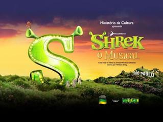 "O Backstage Musical foi conferir os bastidores de ""Shrek, o Musical"""