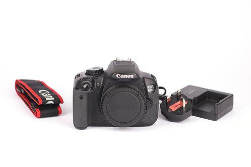 Canon 650D 18.0 MP Body