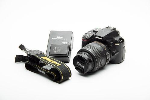 Nikon D3400 - 24.2 MP + 18-55mm