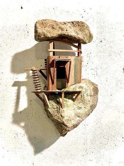 refuge 16 * 26 x 18 cm * 2020 * Muriel Patarroni