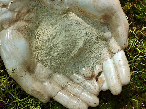 Bentonite Clay + Chamomile facial mask