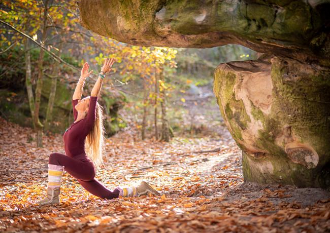 07.MarieMilla:YogaMagazine©ANAKA.jpg