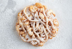 Large Funnel Cakes
