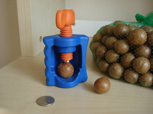 Macadamia  Crack-A-Mac Hand Held Nut Cracker