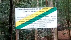 Placa de Proprietários na entrada da EBSL