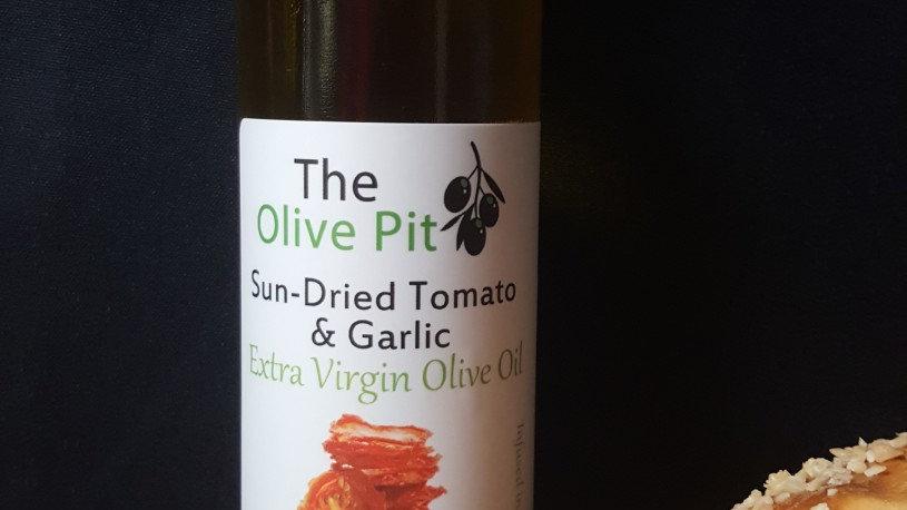 Sun-Dried Tomato and Garlic Infused EVOO