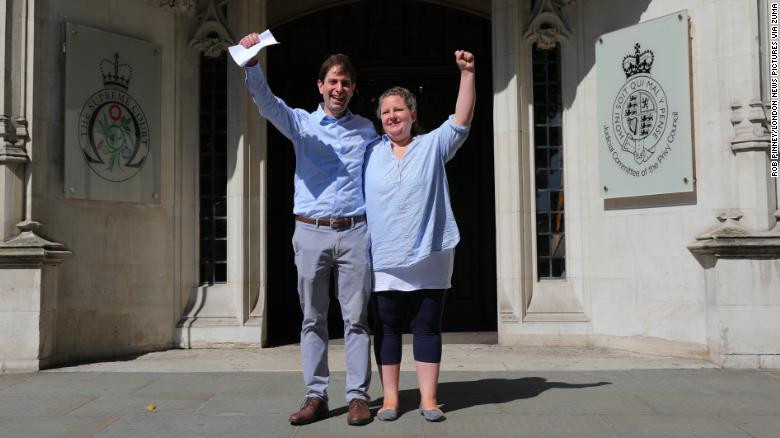 Heterosexual couple win legal fight over civil partnerships