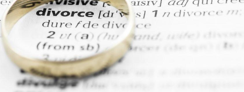 Online divorce service to reduce stress and delay of traditional divorce