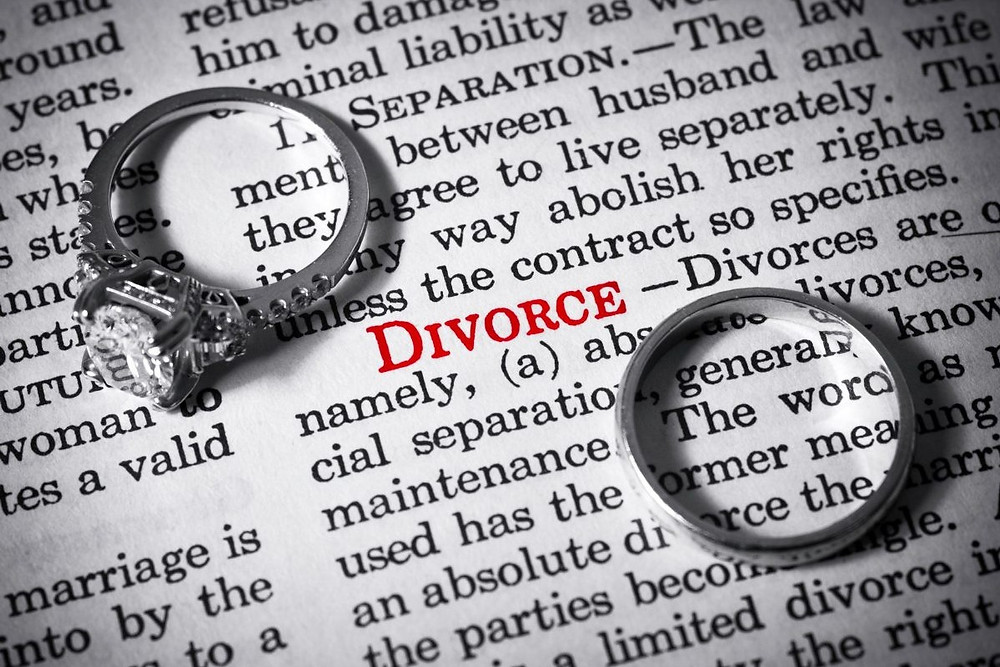 Surge in couples citing unreasonable behaviour for quick divorce