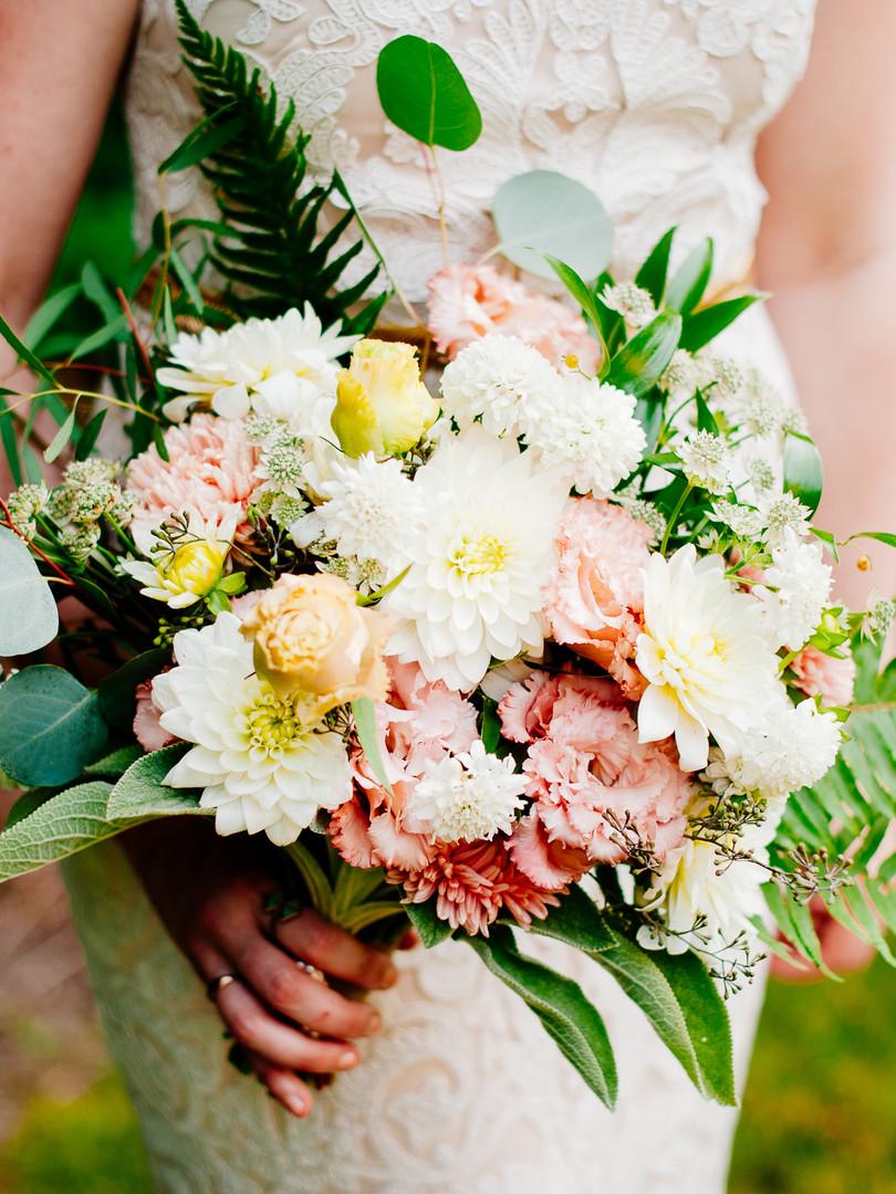 Seattle Blush & White Bouquet