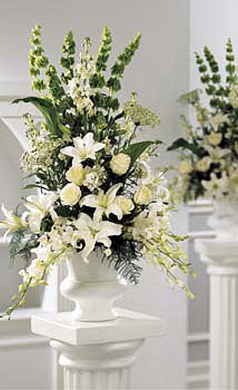 alter_white_arrangement