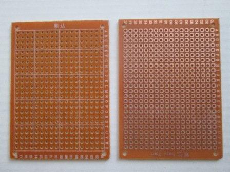 Baquelita perforada (7 x 5 cm)