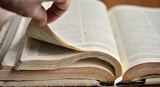 Estudio de la Biblia II.jpg