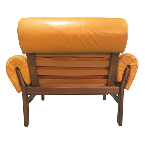 R/º_Cºllected™   Arne Norell-stijl / fauteuil leder.
