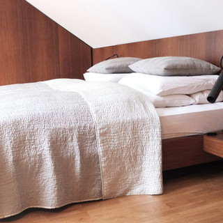 Individueller Innenausbau für Wohn-und Schlafräume