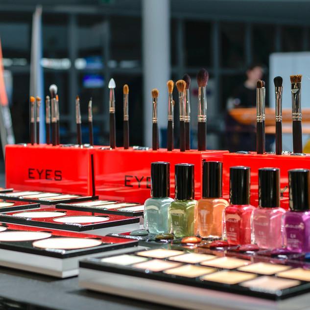 Ladenbau_Tischlerei_Kosmetik_Salon_Beaut