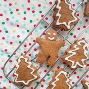 Gingerbread Cookies with Essential Oils