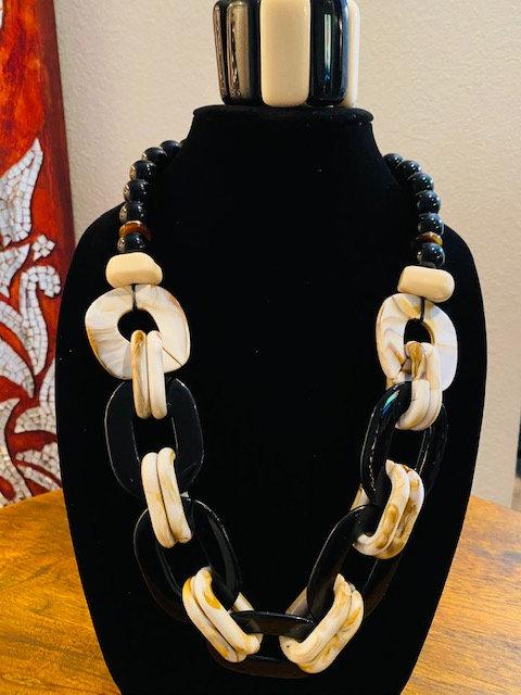 Tortoise Shellish Necklace & Bracelet