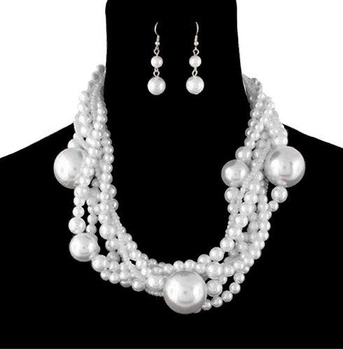 Escapades Pearls