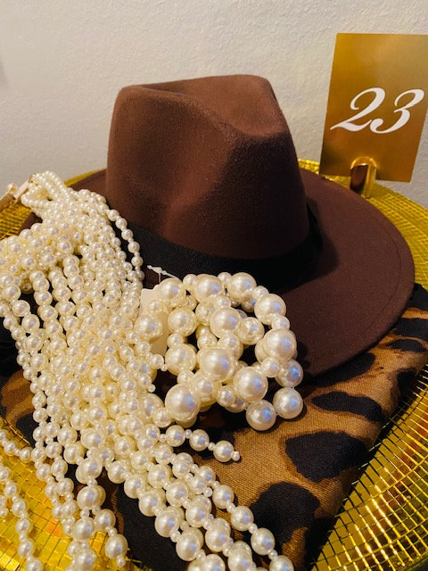 REVEALED - MYSTERY BOX #23 - Fedora, Wrap, Pearl Necklace Bracelet & Earrings