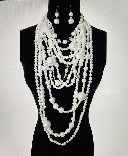 Close-up Pearls, Earrings w/Bracelet