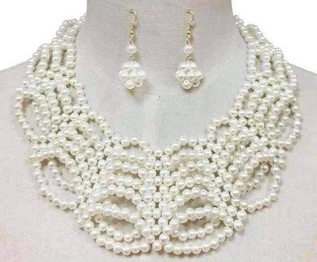 Queen Pearls w/Earrings