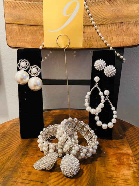 REVEALED - MYSTERY BOX #9 Silver Only - Pearl Necklace, Bracelet and Ring