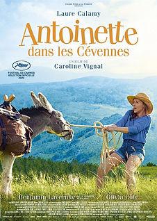 Antoinette dans les cevennes.jpg