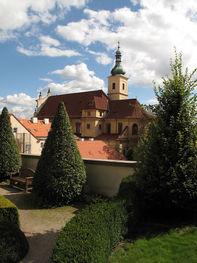 Kostel_Panny_Marie_Vítětné_z_Vrtbovské_z