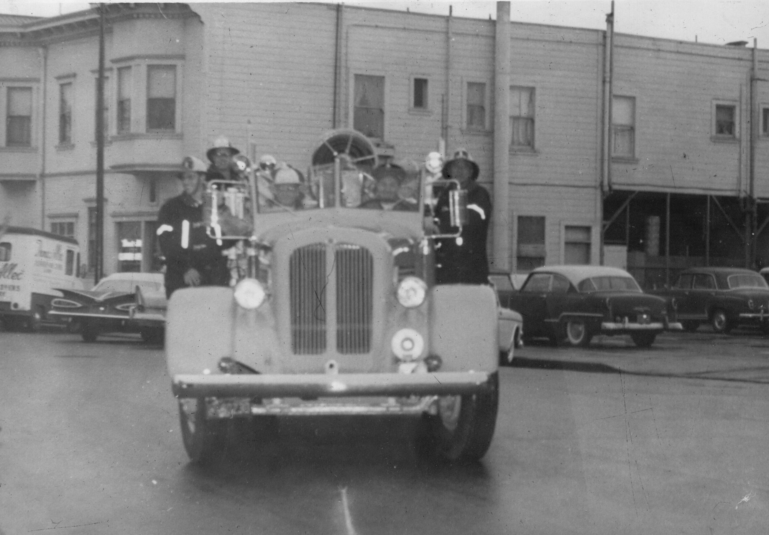 San Mateo Fire Engine circa 1930