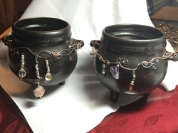 Wire Wrapped Cauldrons
