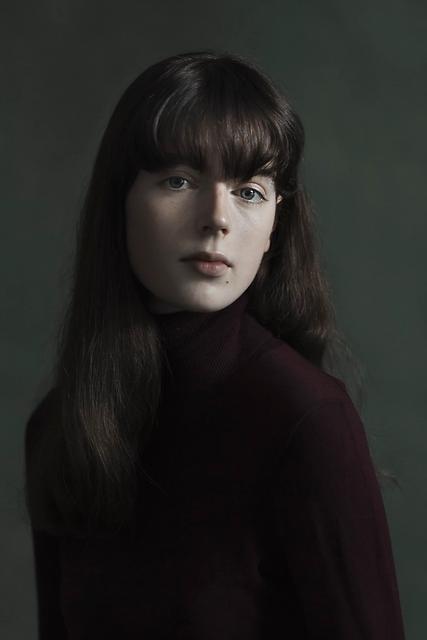 Iris Valentina
