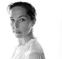 Elizabeth-Greenberg-Faculty-Headshot_edi
