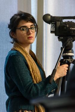 Une camera woman.