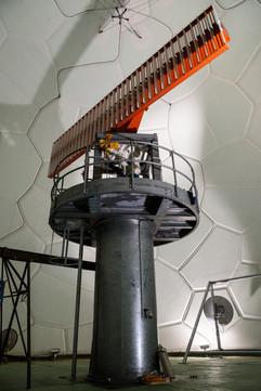 l'antenne du radôme principal.
