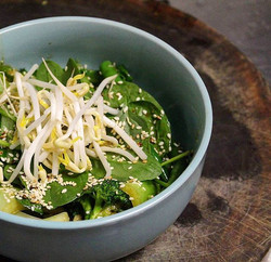 Asian greens are as simple, yummy and healthy as it gets 🌿