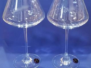 シャトーバカラXL ワイングラス レッドスタンプ ペアに名入れ彫刻しました