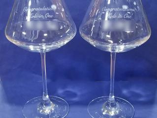 祝!ホールインワン シャトーバカラ ワイングラスXLに名入れしました