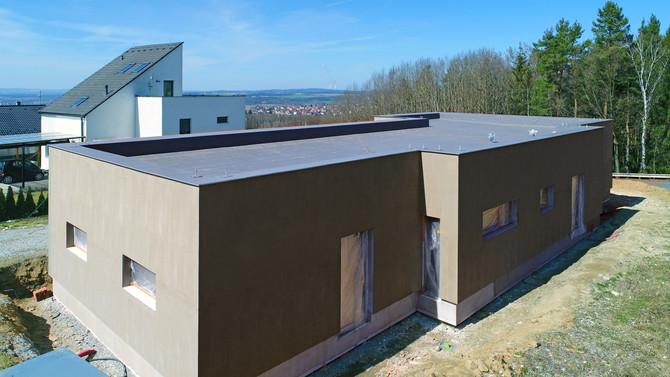 Zateplení vily před finální úpravou fasády