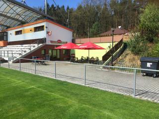 Fotbalové hřiště a hospoda Borek