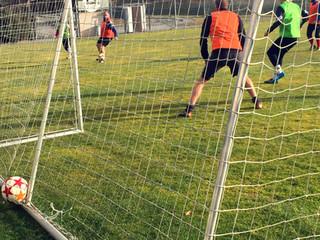 Zápas na Fotbalovém hřišti Borek
